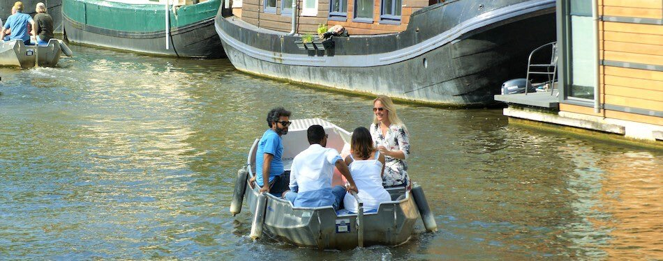 amsterdam boaty boat