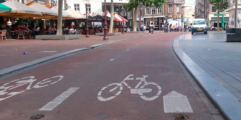 How to Cycle in Amsterdam