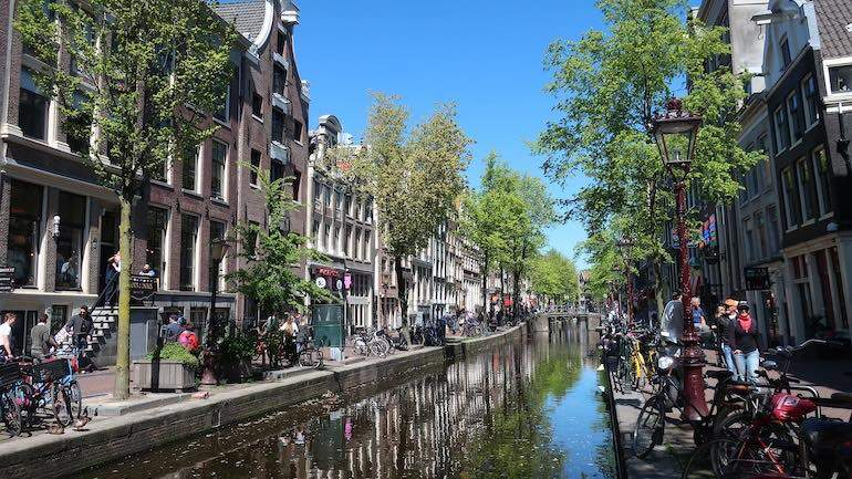 Red Light District daytime tour