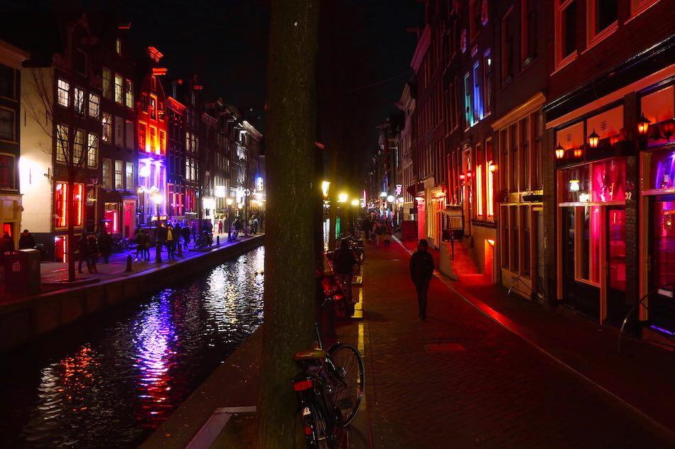 Red Light District busy times