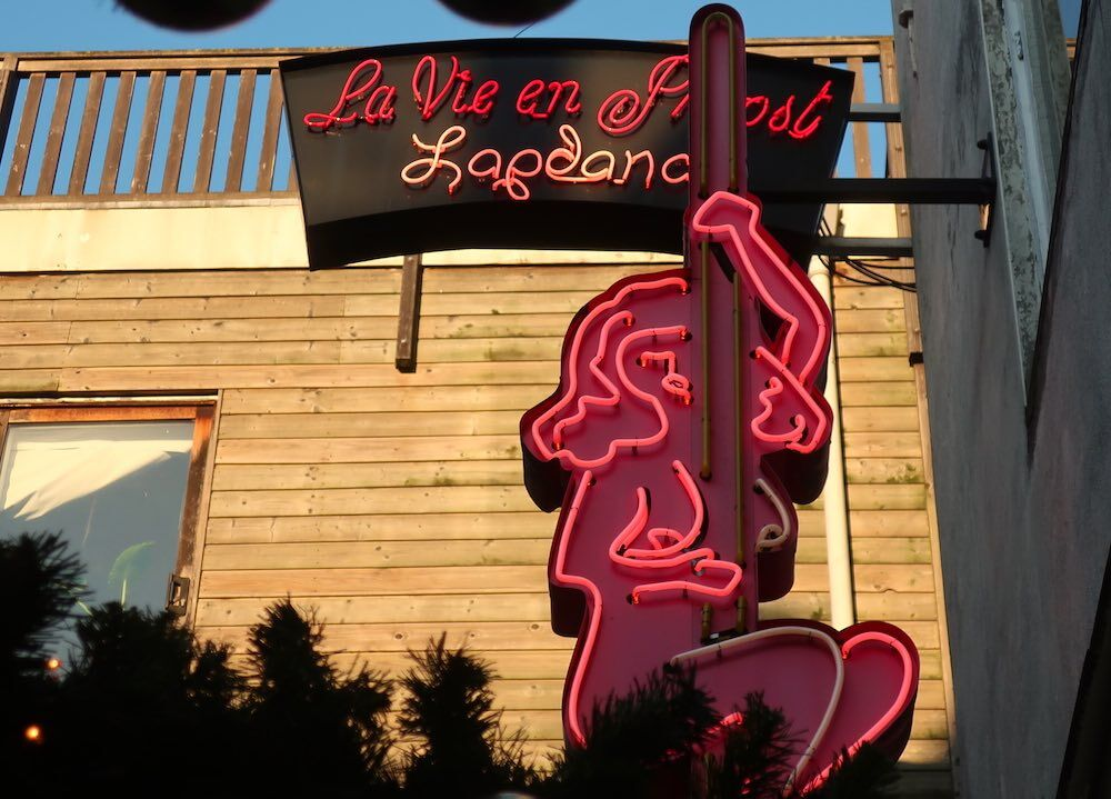 best strip clubs in Amsterdam La Vie en Proost