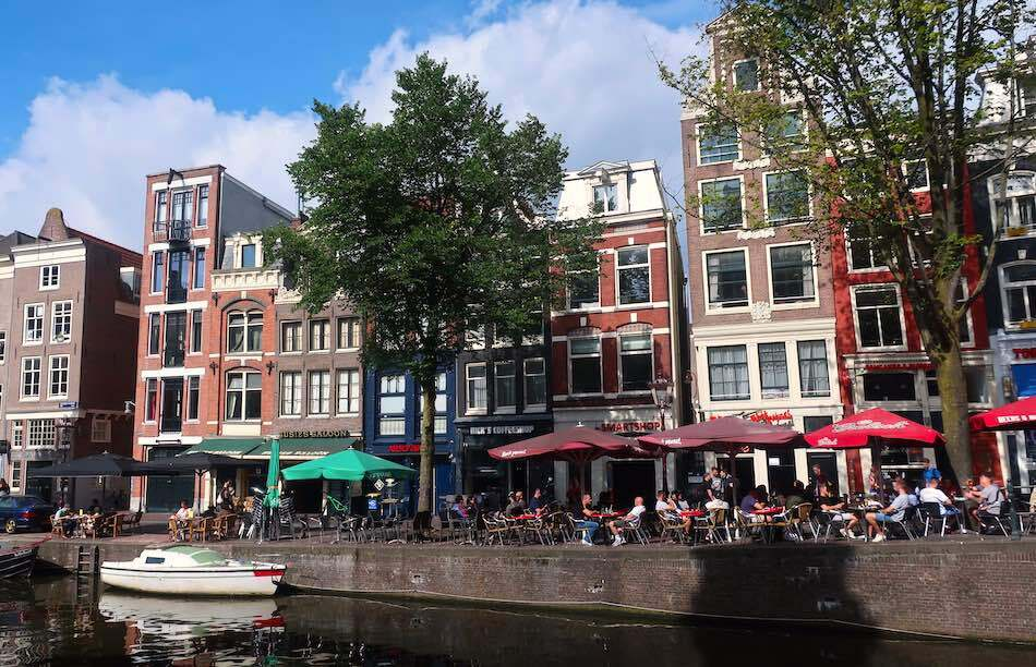 amsterdam red light district famous street