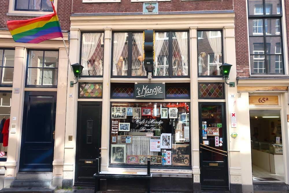 Cafe t Mandje Zeedijk