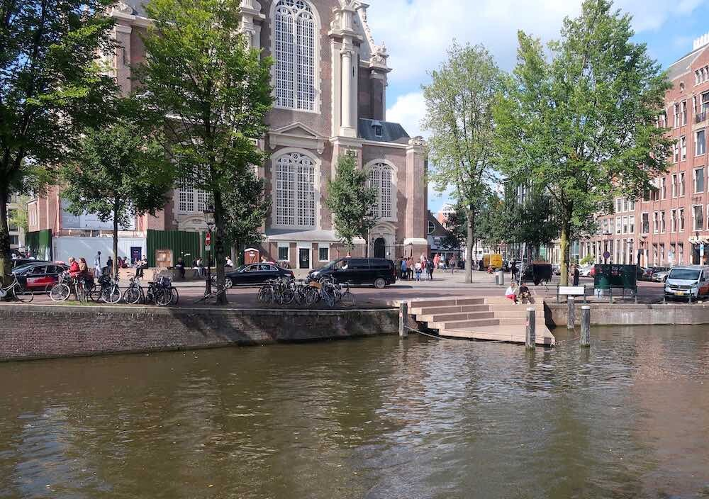 Free must see in Amsterdam Homomonument