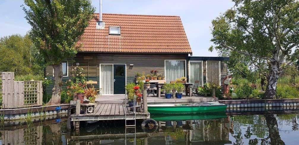airbnb near amsterdam city centre