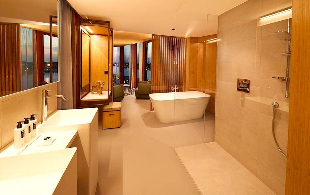 amsterdam hotel suite