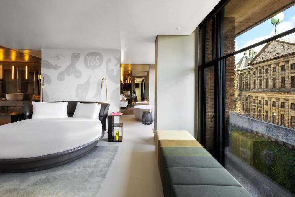 luxe hotels in amsterdam central